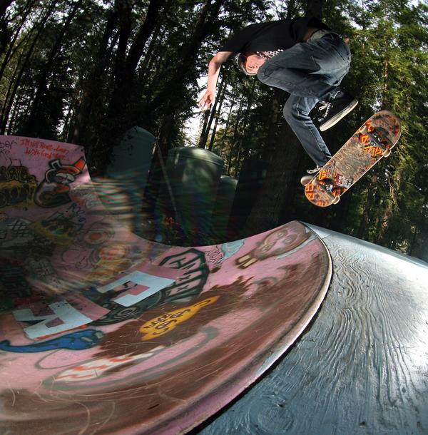 Tommy Werner - Kickflip Backside Noseblunt (photo: Grady Brannan)