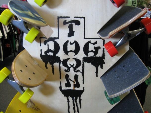 Old School Dog Town Skates Rack 04
