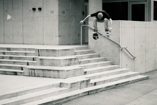 Aaron Shapiro - Nollie Heel